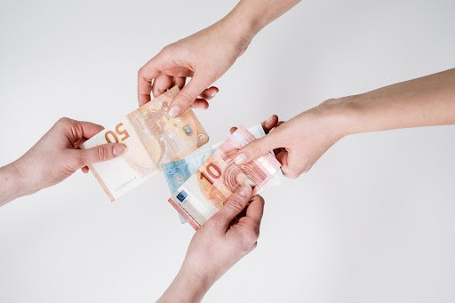 Dinero al instante online